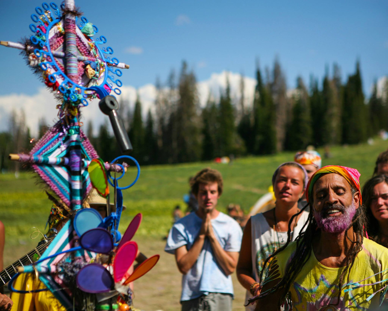 Fantuzzi and friends in prayer, USA Rainbow Gathering, Utah. Photo Tyler Coleman.