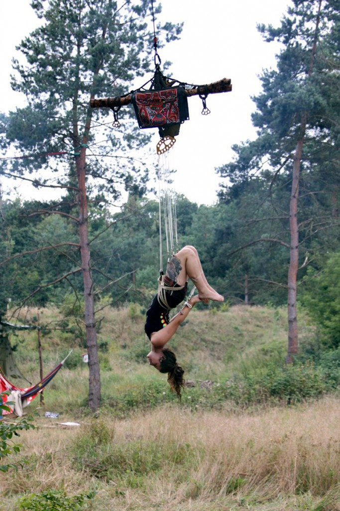 FLYING IN THE FORESTS Of Germany With Superfly Suspension Crew