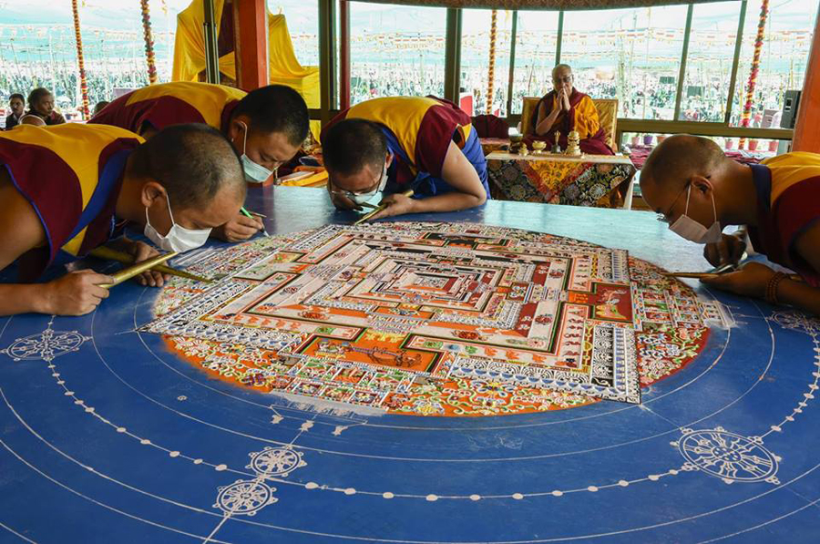 The Third Eye Dalai Lama India_Kalachakra Sand Mandala_01