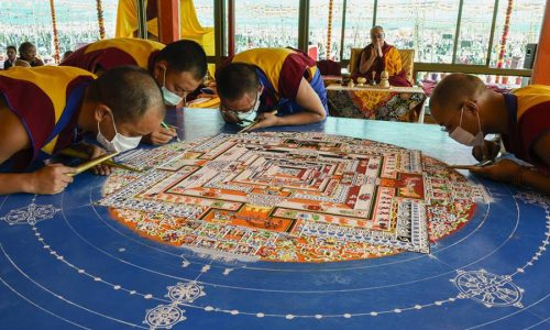 Kalachakra Sand MANDALA With The DALAI LAMA