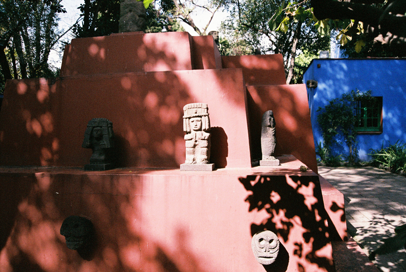 Pre-Hispanic statues around the Casa Azul.