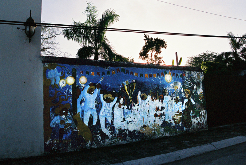 Fiesta on a mural for the sunset in Bacalar.